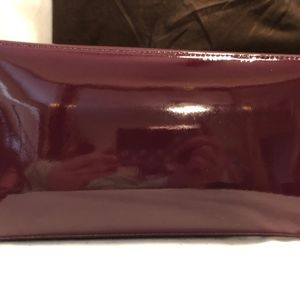 kate spade Bags - Kate Spade Handbag Mulberry with Hot Pink Interior